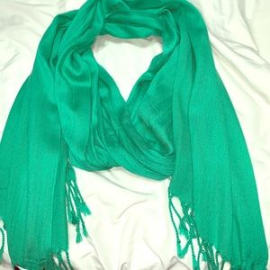 Land's End Solid Green Fashion Scarf